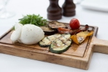 Burrata con Verdure Grigliate apulia cheese & grilled vegetables with balsamic dressing (v) gf £8 (1)