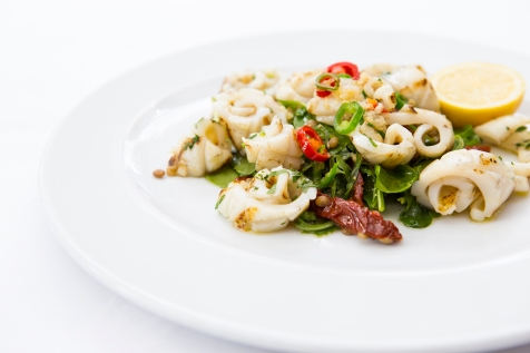 Calamari ai Ferri grilled calamari in garlic & chilli with lentils & sundried tomato salad gf £12 (1)