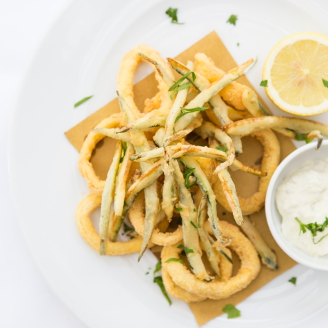 Calamari e Zucchine Fritte deep fried squid & courgette strips served with tartare sauce £7 (1)