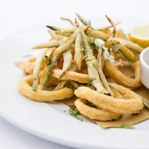 Calamari e Zucchine Fritte deep fried squid & courgette strips served with tartare sauce £7 (2)