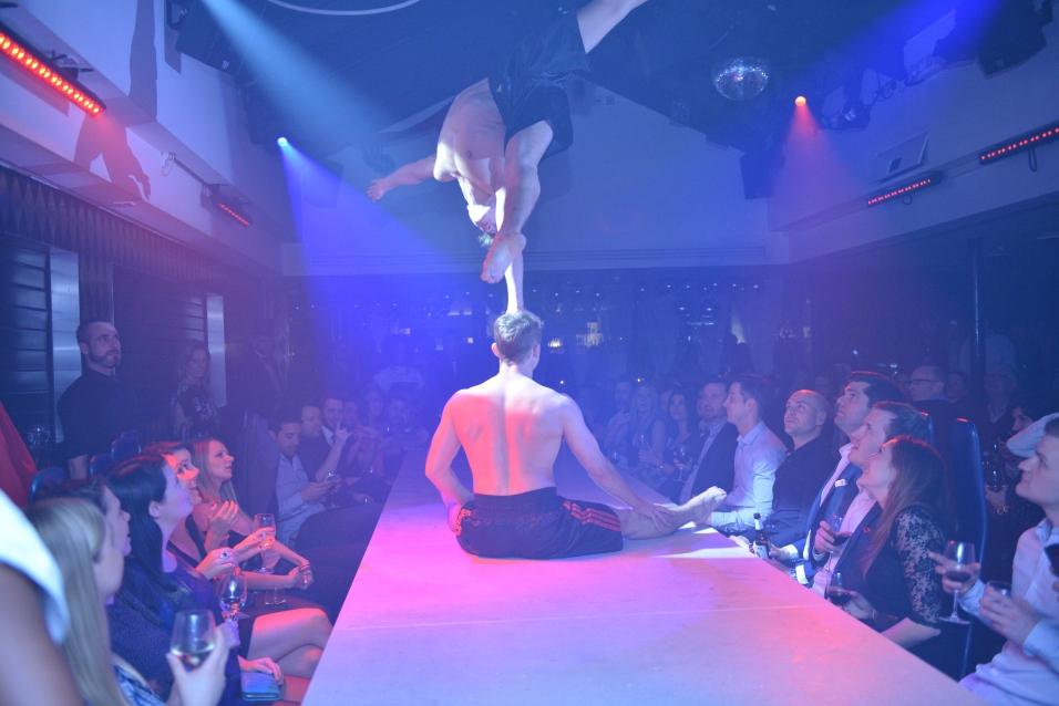 Circus - Ed & Doug head balance