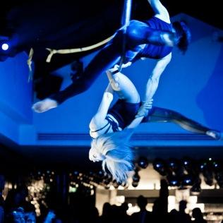 Circus - Hugo & Katherine Hoop