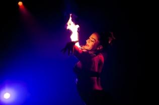 Circus - Kitty fire arm