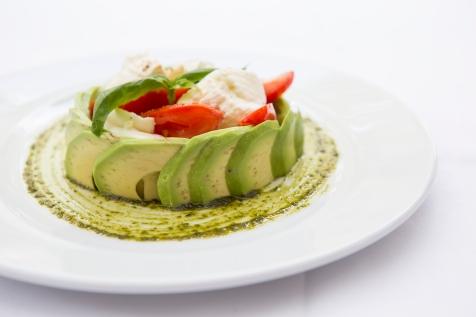 Insalata Tricolore mozzarella, plum tomato & avocado salad based with pesto sauce (v) (n) gf £7.5 (2)