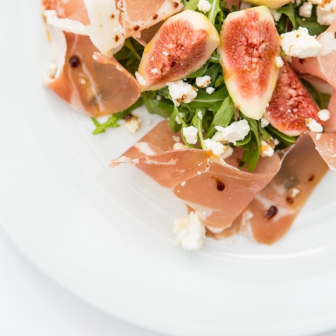 Prosciutto e Fichi parma ham with fresh figs, goat cheese crumbled & aged balsamic gf £8 (2)