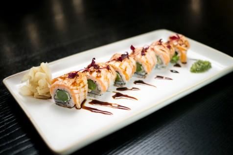 Seared Salmon Maki Roll