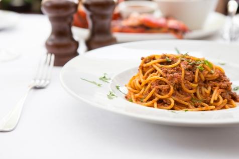 Spaghetti al Ragu classic spaghetti bolognese £9 (3)