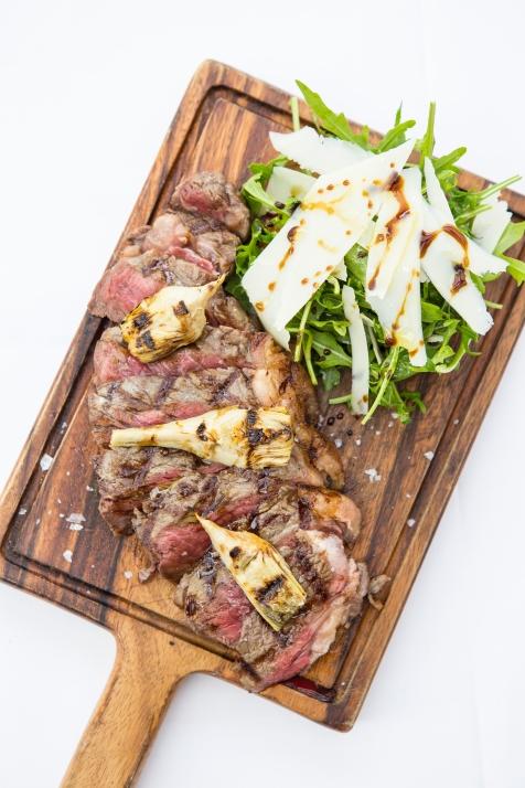 Tagliata di Manzo con Carciofi Marinati beef sirloin with marinated artichokes & parmesan shavings £18 (1)