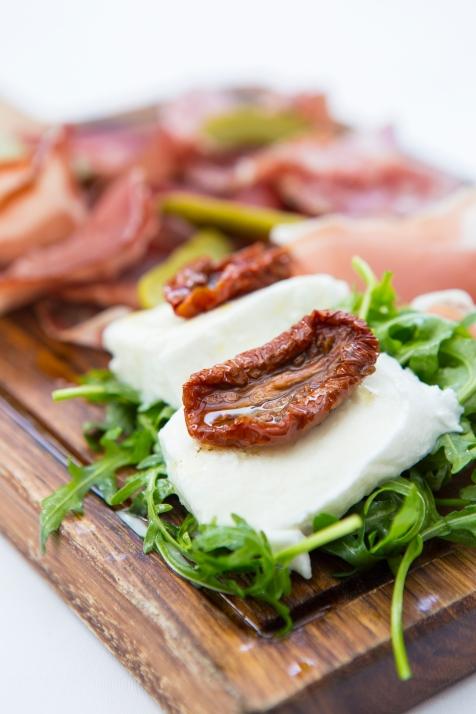 Tagliere di Salumi selection of salami, parma ham, sundried tomatoes & mozzarella (Platter for 2) gf £12 (2)
