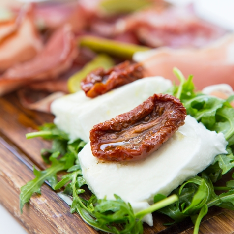 Tagliere di Salumi selection of salami, parma ham, sundried tomatoes & mozzarella (Platter for 2) gf £12 (2)