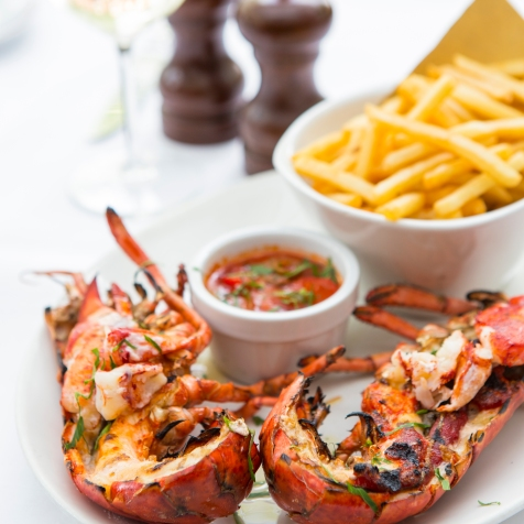 Whole Grilled Fresh Lobster, served with arrabiatta sauce & chips £29.5 (4)