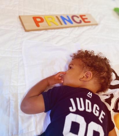 Prince playing Baby Jives 11