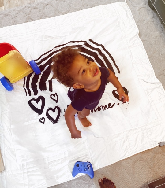Prince playing Baby Jives 5